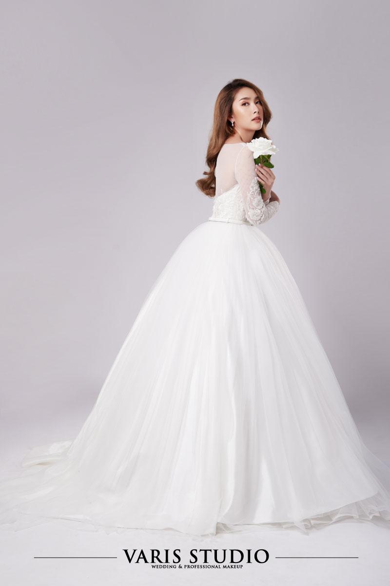 ชุดแต่งงานให้เช่า Classic Vibes Collection No 1-2