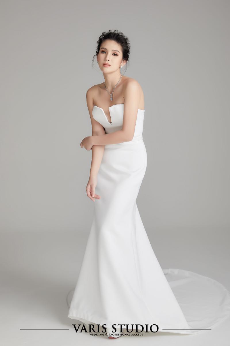 0073W ชุดแต่งงานให้เช่า ชุดเจ้าสาวให้เช่า