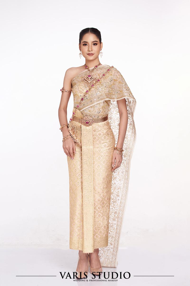 ชุดไทย สำหรับเช่า ชุดไทยจักรีสีทอง ดิ้นทอง สไบปัก