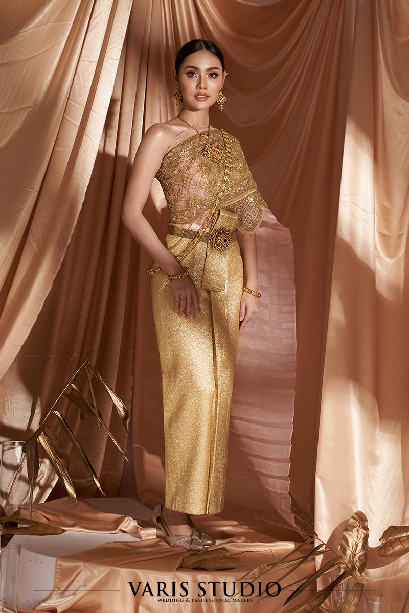 ชุดไทย สำหรับเช่า ชุดเจ้าสาวสำหรับเช่า ชุดไทยเจ้าสาว ชุดไทยจักรพรรดิ สี Old Rose ดิ้นทอง ลายพิกุล สไบปัก